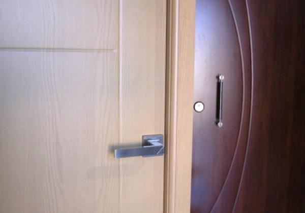 Puertas de entrada de pvc precios simple with puertas de for Precio puerta entrada
